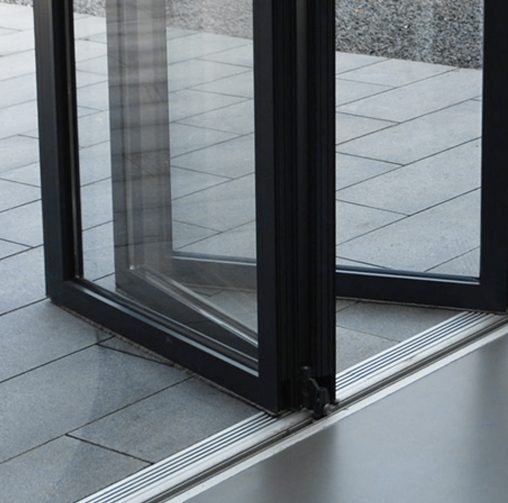 Real Bi-folds - The simplest of steps